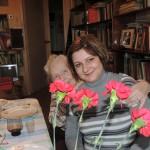 Ирина Шухаева с бабушкой. Весна 2014